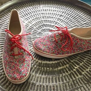 Gap sneakers pink floral Sz 9.5 Good Cond